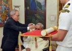 Former PM Atal Bihari Vajpayee receives Bharat Ratna from President Pranab Mukherjee