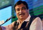 Plan to introduce amphibious plane on Ganga Nitin Gadkari