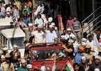Kejriwal ready to take on Modi in Varanasi 'if people approve'