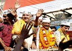 Kejriwal files nomination after attacking Modi, Rahul