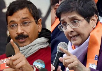 Delhi Polls: Kiran Bedi rules Twitter while Arvind Kejriwal dominates Facebook