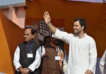Jharkhand Polls: Modi promised jobs, gave brooms, says Rahul Gandhi