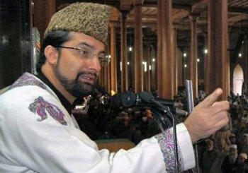Hurriyat Conference chairman Mirwaiz Umar Farooq placed under house arrest