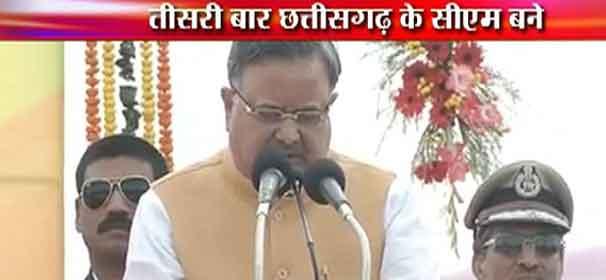 Raman Singh sworn-in as Chhattisgarh CM for third time in a row