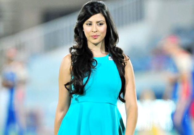 Top 10 gorgeous women cricket journalists in the World 1