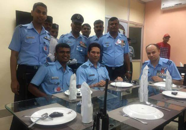 Sachin Tendulkar at air force base