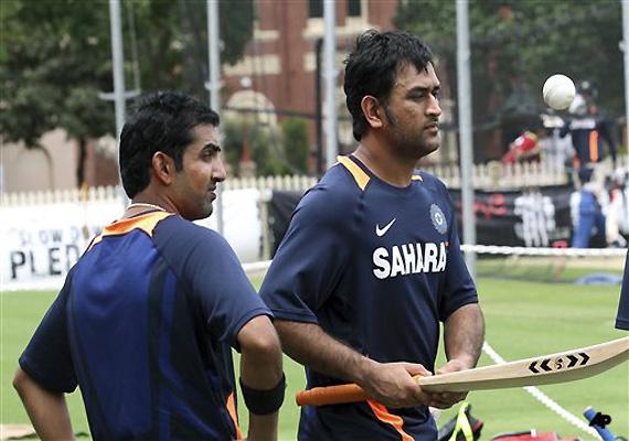 Dhoni Blames T20 Defeat On Rain