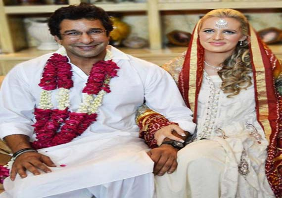 Exclusive pic of Wasim Akram's wedding with Australian Shaniera Thompson in Lahore