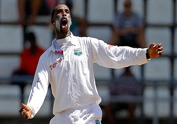 Spinner Shillingford packs off Zimbabwe for 175, Gayle 61 not out