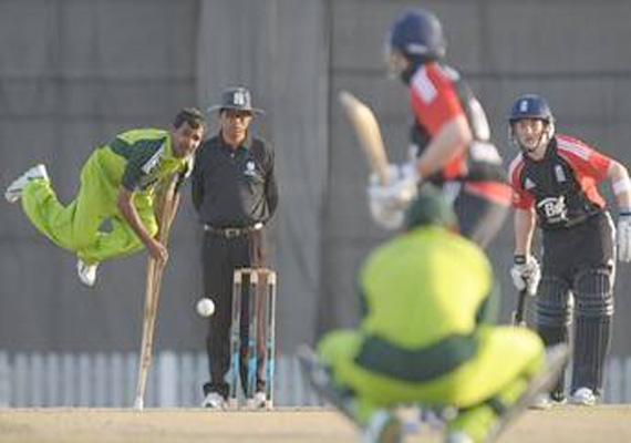 Stunning Pics Of  Disabled Pak, England Cricketers Playing T20 Match