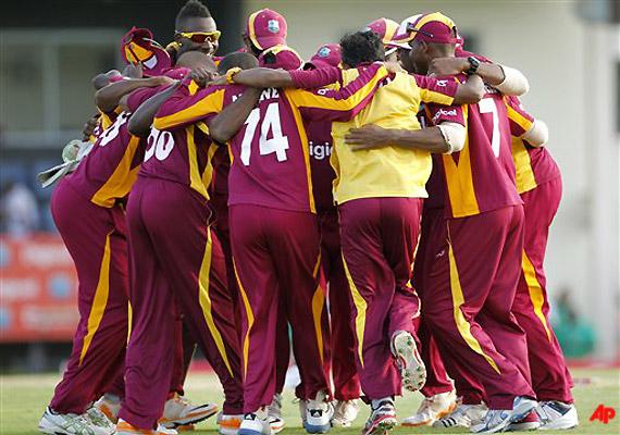 West Indies Beats Australia By 42 Runs In 4th ODI