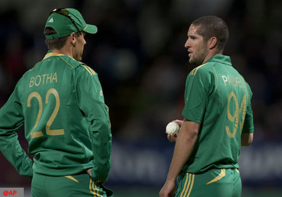 World T20: Clinical South Africa show Zimbabwe the door