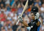 Ross Taylor hits 119 not out, New Zealand cracks 398-5 vs England