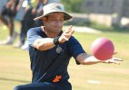 Former Indian cricketers Hrishikesh Kanitkar, Ajay Ratra retire