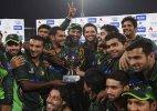 Pakistan beats Zimbabwe in tense T20 match