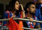 Twitterati targets Anushka over Virat's poor show in WC semis