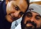 Azharuddin visits his 'brother' Sidhu in hospital