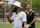 Dale Steyn unlikely to play in third Test, says skipper Hashim Amla
