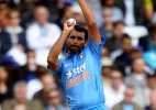 India vs Australia: Clarke wary of formidable Indian bowling in semi-final