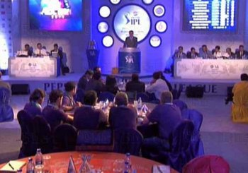 IPL 2016 players' auction Live: Yuvraj Singh sold to SRH for 7 crore