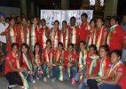 Indian hockey eves arrive to grand welcome