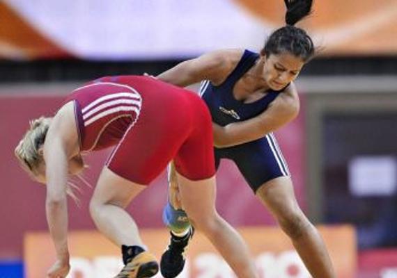 Geeta Wins Gold In Asian Qualifying Event, Books London Berth