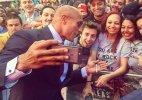 WWE superstar Dwayne Johnson sets selfie world record - 105 in 3 mins