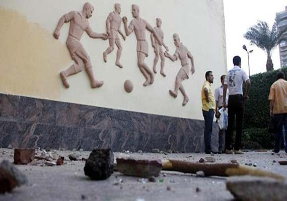 16 die in Egypt riot after soccer violence verdict