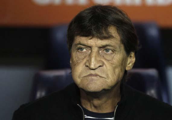 Falcioni out as Boca Juniors coach