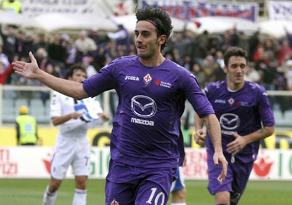 Fiorentina wins 5th straight; Inter draws at home
