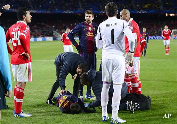 Lionel Messi's knee injury very serious