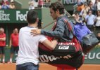 Roger Federer fumes about selfie-seeker at French Open