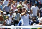 US Open: Ekaterina Makarova beats Azarenka to reach semis