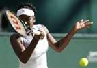 Venus Williams exits Wimbledon after 3-set battle