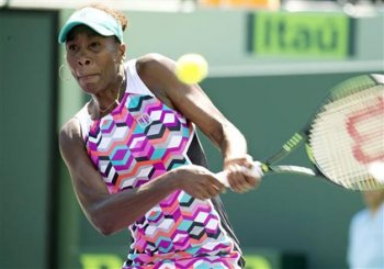 Venus Williams beats Wozniacki to reach Miami Open quarters