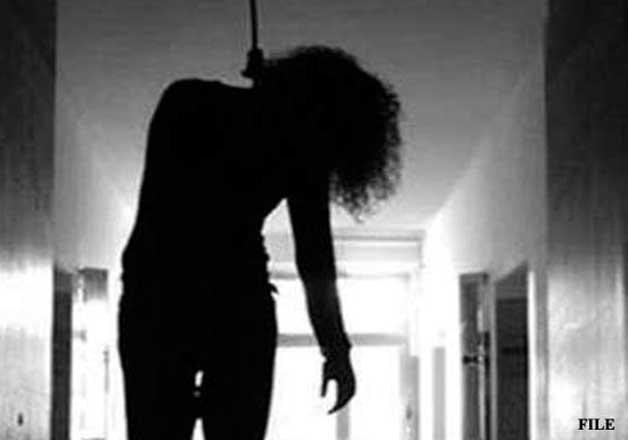 Tailor kills pregnant wife, commits suicide   IndiaTV News
