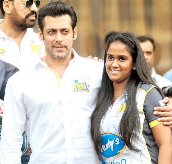 Salman Khan's sister Arpita's wedding preparation: Guests list ready, palace booked | Bollywood News – India TV
